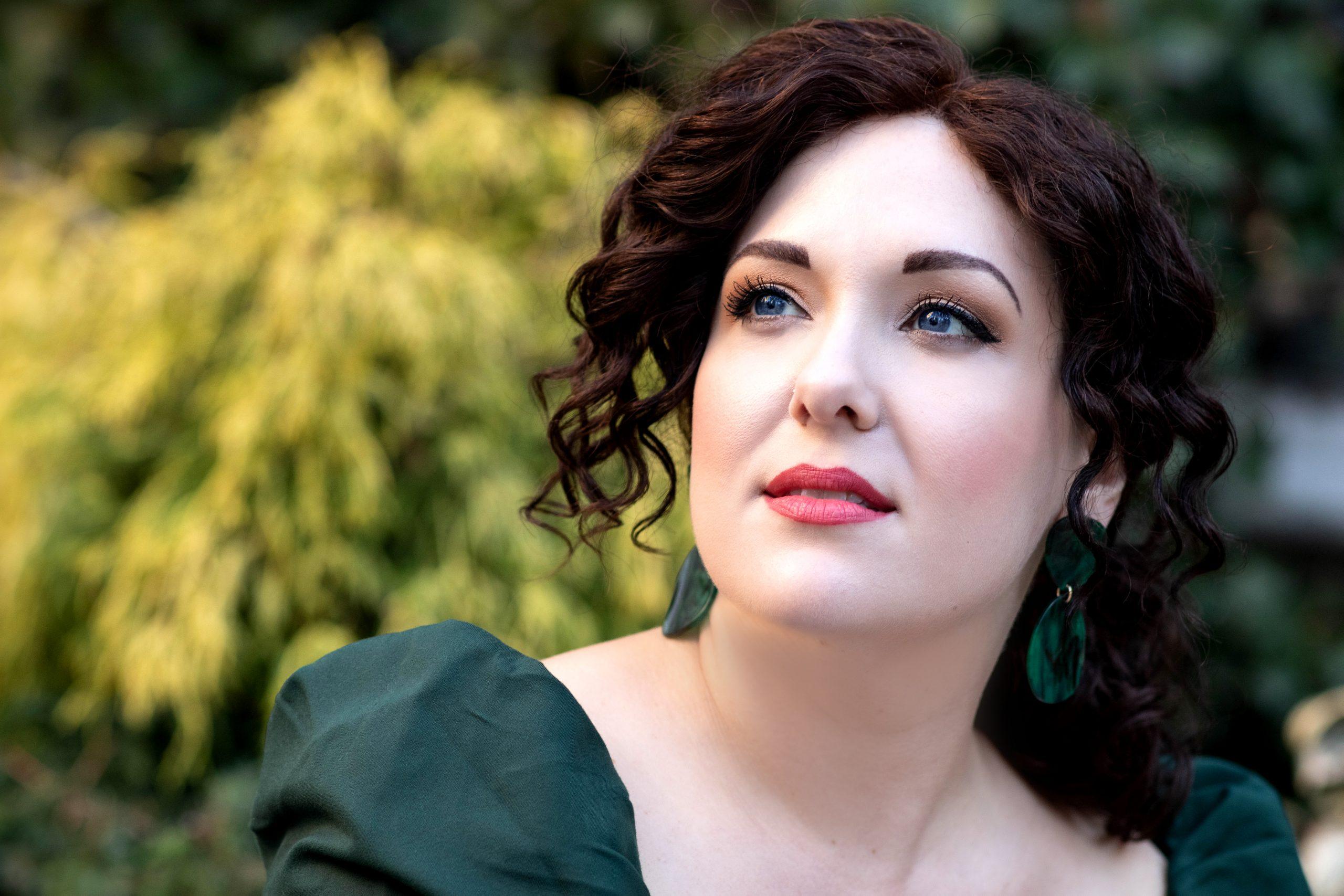 Toni Marie Palmertree, Soprano
